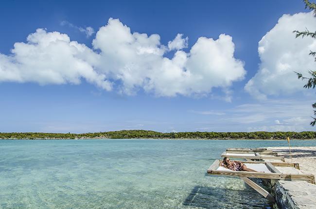 Ocean Day Beds_Turquoise Cay Exumas Bahamas