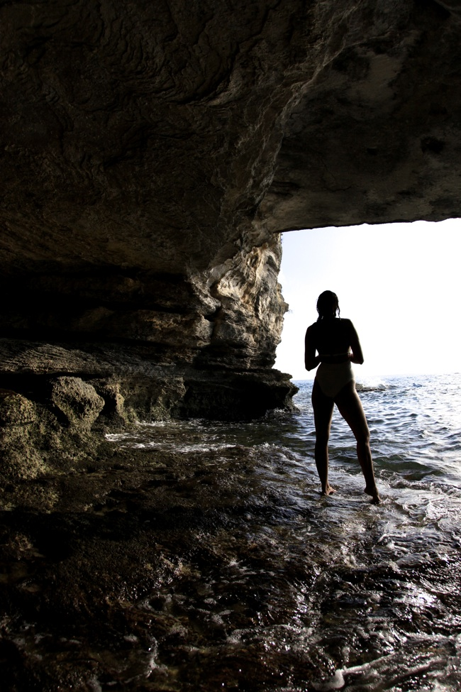 Friday Feeling: Cave Discovery