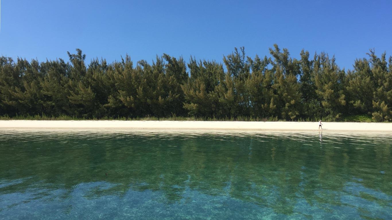 Manjack Cay